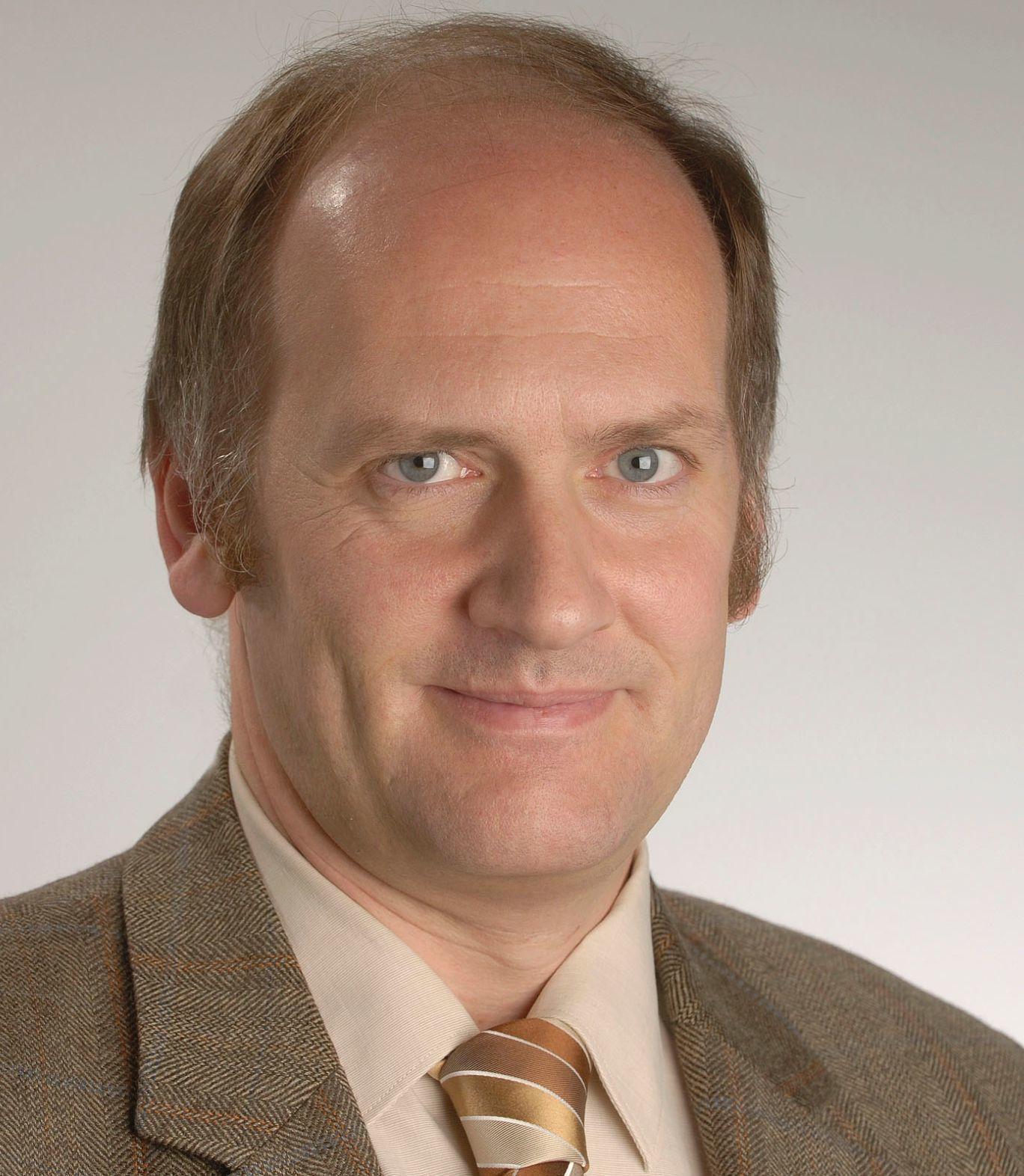 Peter W. Ragge