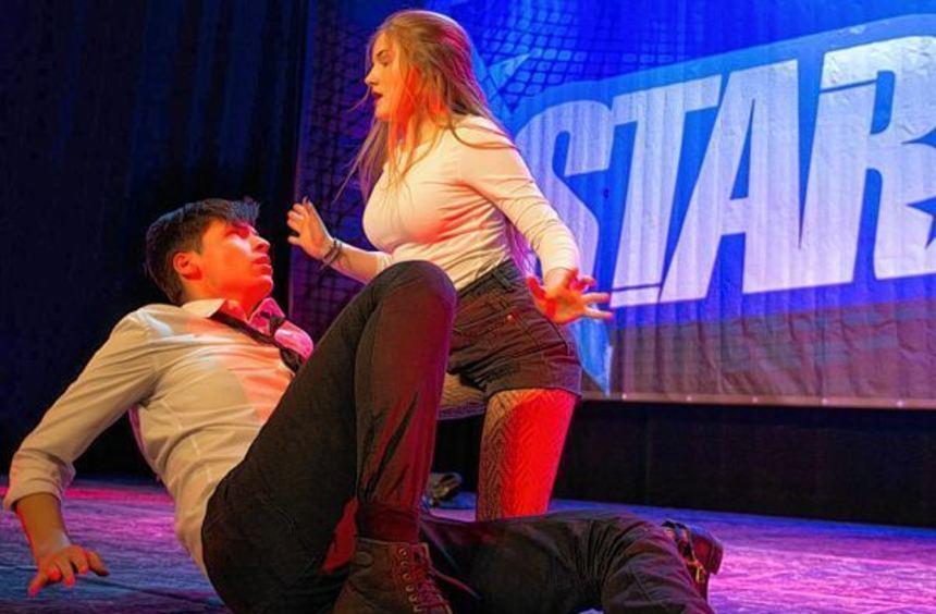 Auf den Spuren der großen Stars: Das Lizenzsystem Starmoves ermöglicht es den Teilnehmern, in ihren ...