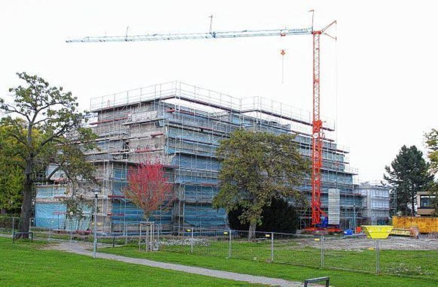 Der Stolz der Stadt: Das Carl-Benz-Gymnasium ist auch 2015 die mit Abstand teuerste Baustelle von ...