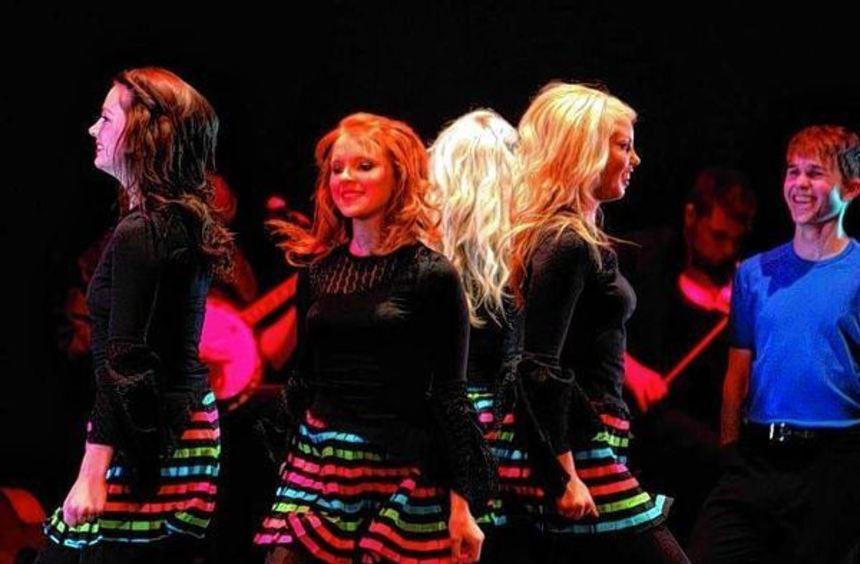"""Die Show """"The Mystical Music and Dance of Ireland"""" kommt am 9. April nach Bad Mergentheim."""