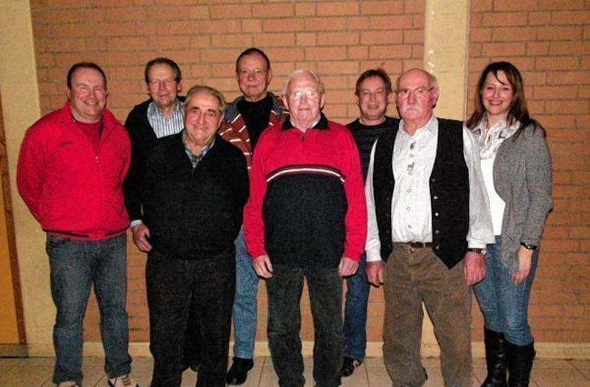 Ehrungen standen bei der Jahreshauptversammlung des TSV Gerchsheim an. Das Bild zeigt (von links) ...