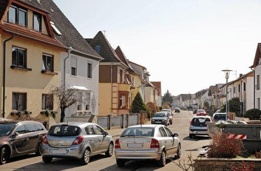 Die Arbeiten zur Sanierung der Lessingstraße, das Kanalnetz soll erneuert, die ...