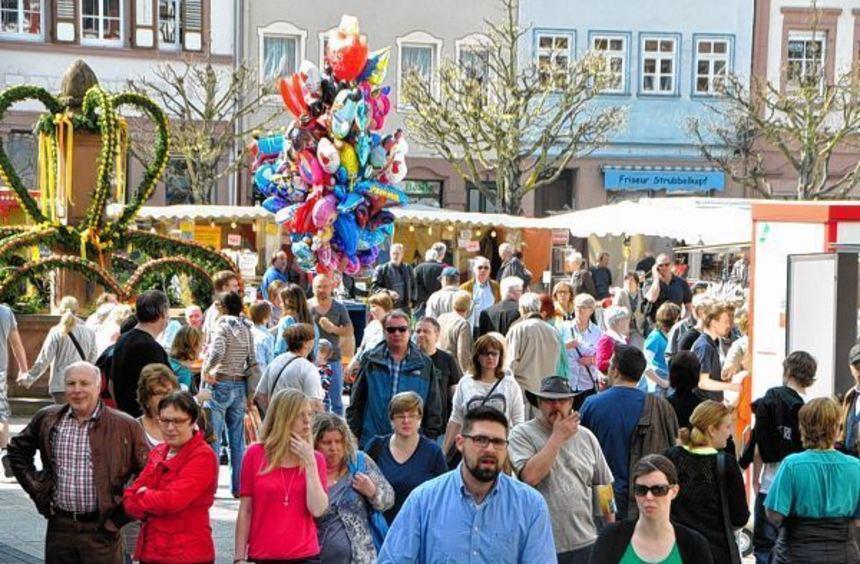 Mit einem bunten Rahmenprogramm wartet der Frühlingsmarkt am Sonntag, 15. März, in ...