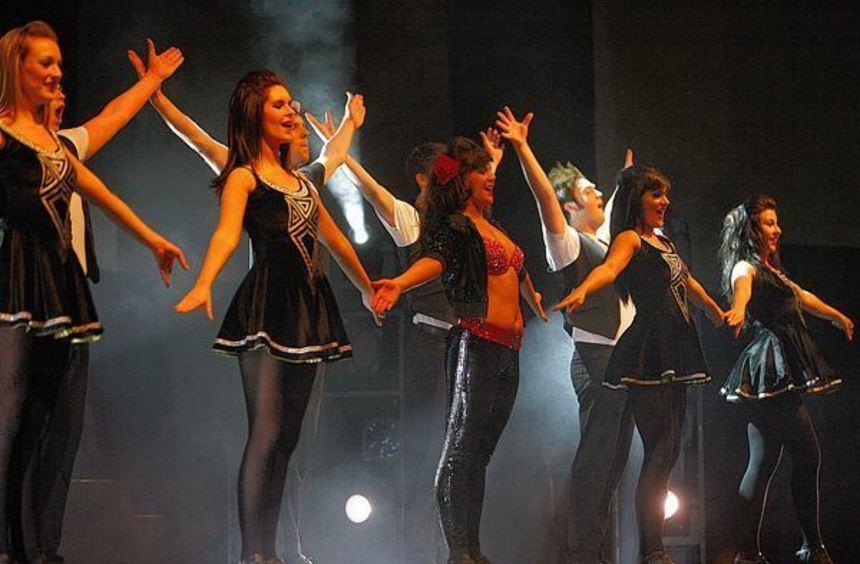 """Eine Vorstellung der Show """"Dance Masters - The Best of Irish Dance"""" fand in der Stadthalle in ..."""