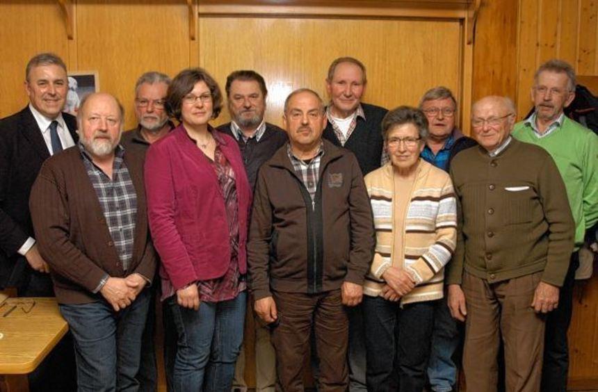Der neue Vorstand (von links): Bürgermeister Joachim Markert, Armin Härtig, Norbert Pelz, Doris ...