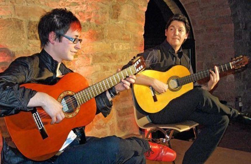 Die zwei Ausnahmekünstler Jan Pascal und Alex Kilian boten im Arkadensaal ein Konzert der ...