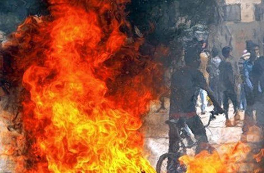 Nach den Anschlägen kam es zu gewalttätigen Protesten.