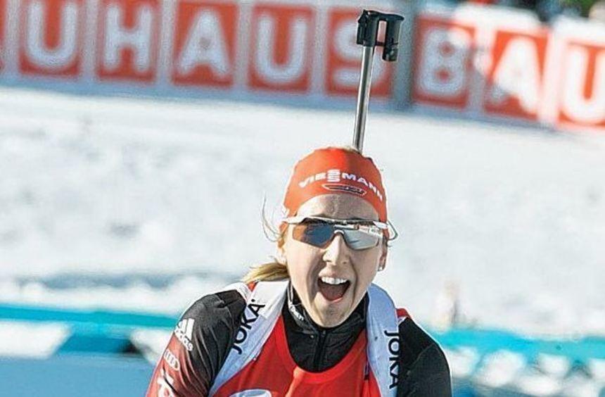 Strahlefrau in Kontiolahti: Franziska Preuß feierte mit der Silbermedaille im Massenstartrennen ...