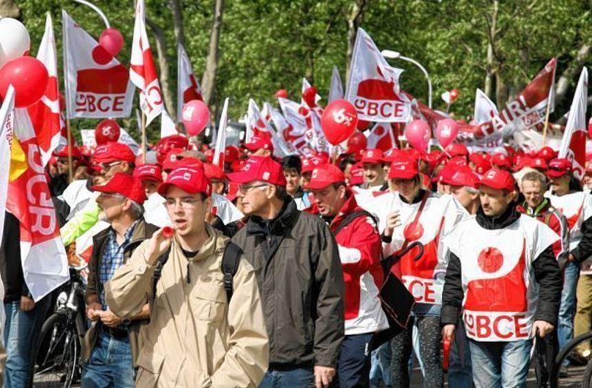 2012 protestierten schon einmal mehrere Tausend Chemie-Beschäftigte in Ludwigshafen für höhere ...