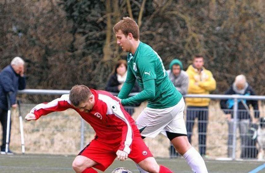Obenauf war Oftersheims Matthias Prokop im Nachbarschaftsduell gegen den SV Rohrhof II. Am Ende ...