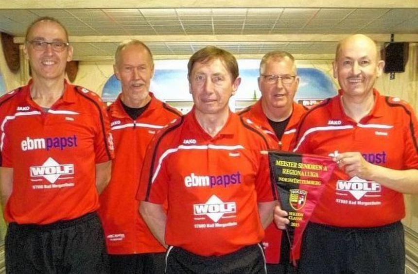 Die Senioren A des SKC Markelsheim wurden Meister der Regionalliga. Unser Bild zeigt von links: ...