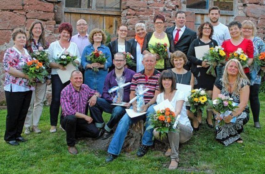 Bei der Feier zum 25-jährigen Bestehen des Unternehmens Ludwig Schneider Messtechnik wurde in der ...