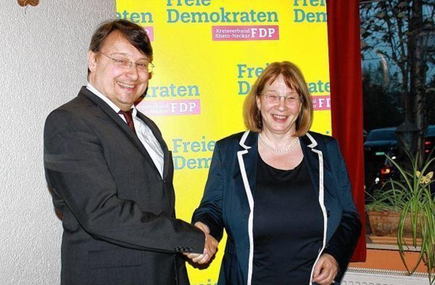 Die Weinheimerin Andrea Reister zieht nun für die FDP in den Landtagswahlkampf. Ersatzkandidat Ingo ...