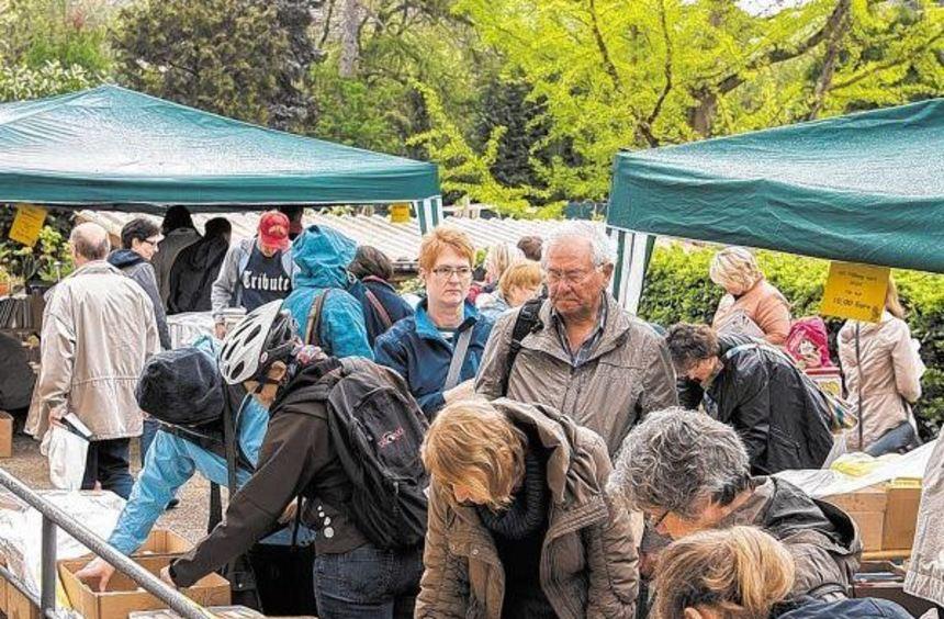 Viele Besucher aus Heppenheim und den umliegenden Orten nutzen am Samstag das Angebot der ...