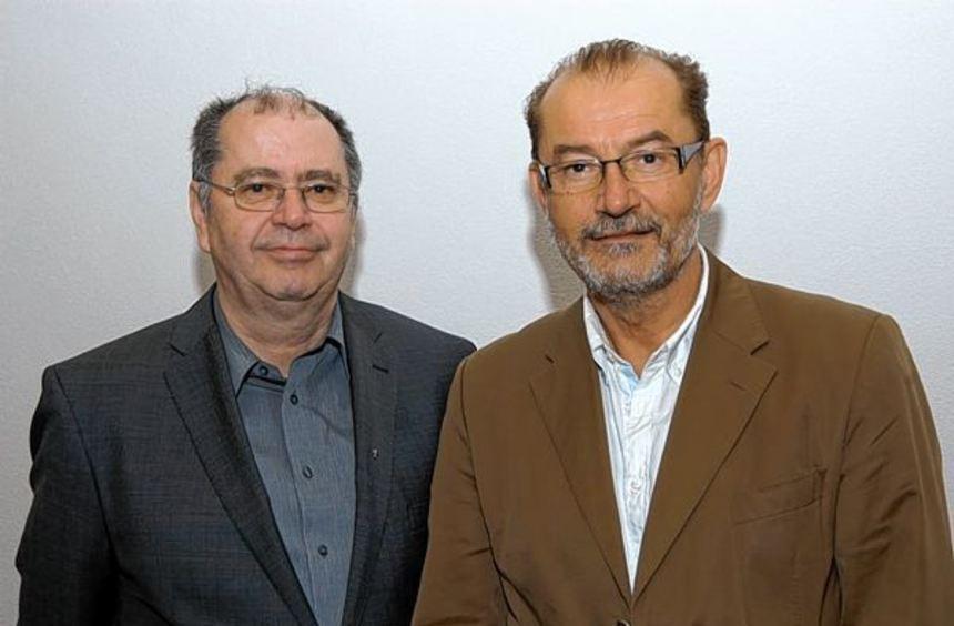 Dekan Gerhard Hauk (links) verabschiedete Dieter Engert, der 22 Jahre dem Grünsfelder ...
