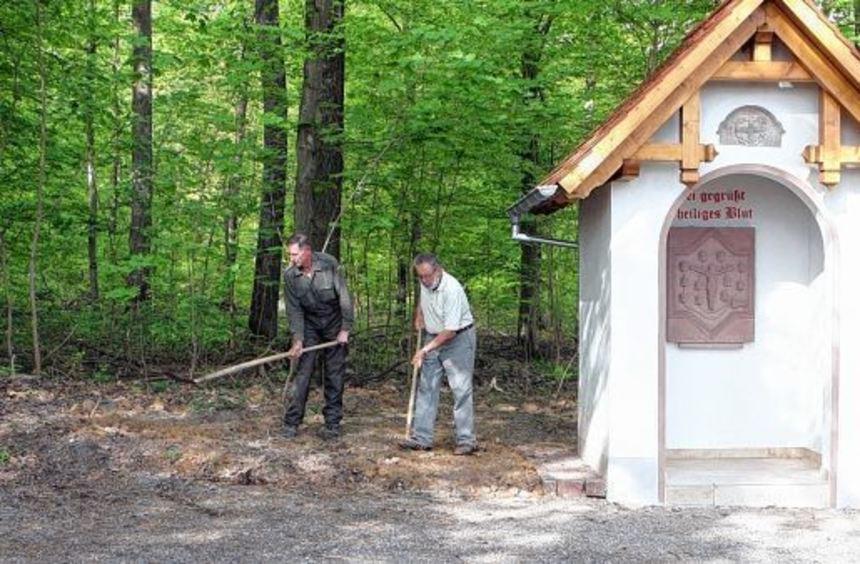 Die neu geschaffene Heilig-Blut-Kapelle im Bad Mergentheimer Stadtteil Löffelstelzen wird am ...
