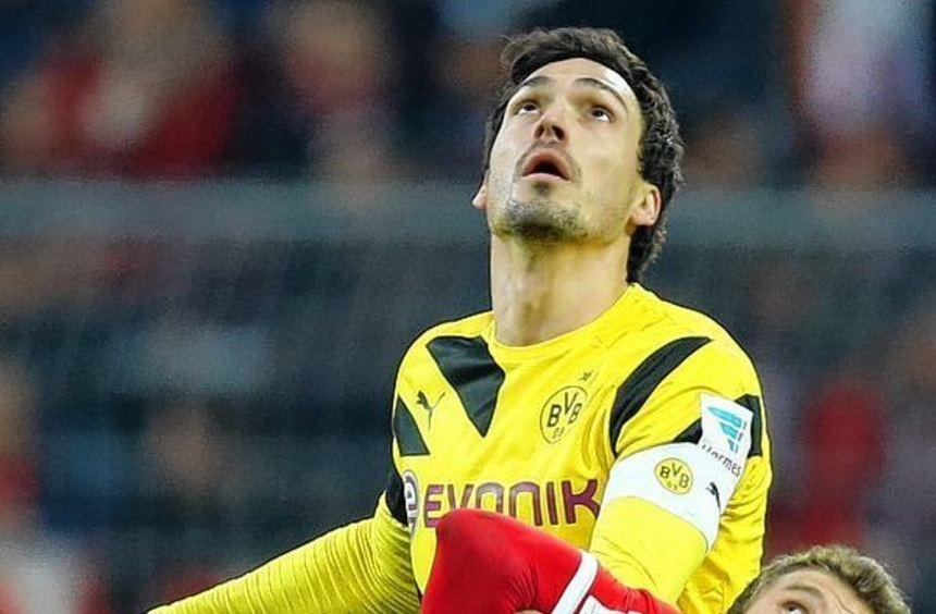 Mats Hummels (oben) im Duell mit Thomas Müller: Wer schafft es ins DFB-Pokalfinale?