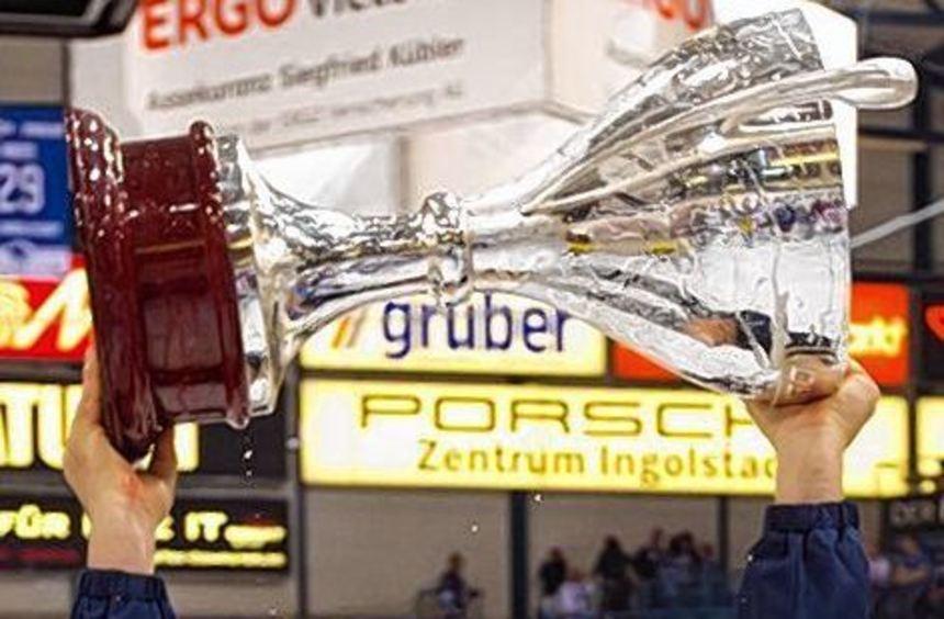 Adler-Co-Trainer Craig Woodcroft fährt zur WM nach Prag.