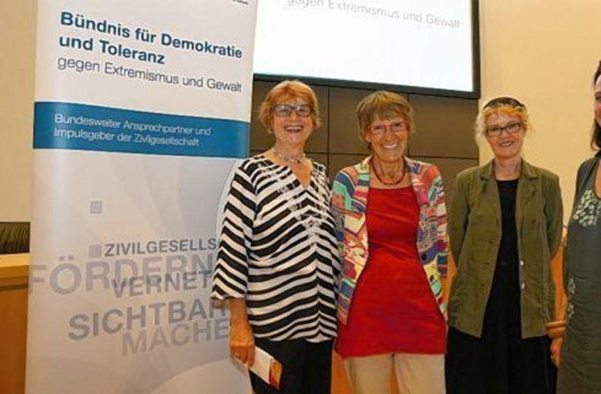"""""""Ein kleines Gefühl der Genugtuung"""": Gisela Kerntke, Yvette Bödecker, Bettina Franke und Nadja ..."""