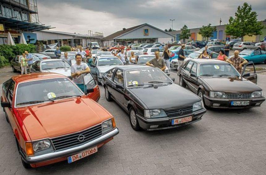 Opel-Freunde aus ganz Deutschland trafen sich kürzlich in Bensheim und präsentierten ihre Senator- ...