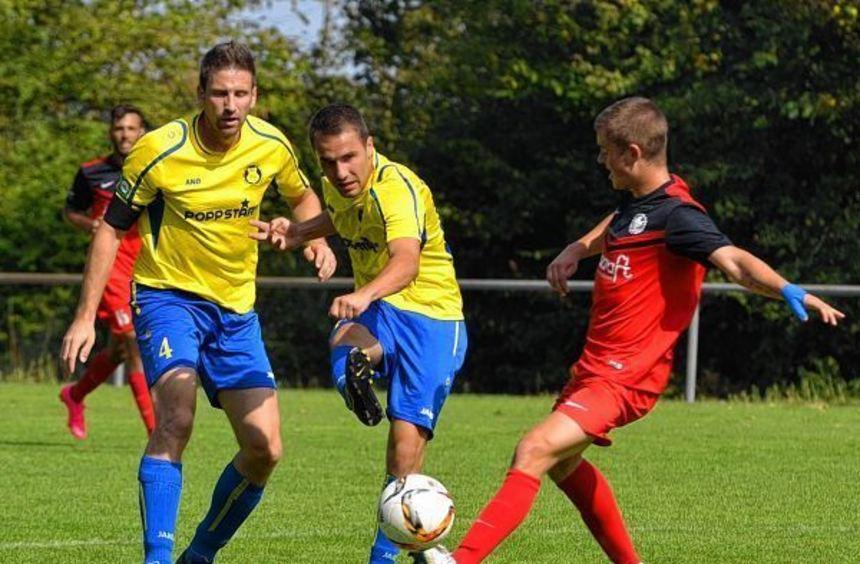 Simon Weidinger und Oliver Knörzer (hier im Spiel gegen Kirchheim) müssen mit dem TSV Höpfingen ...