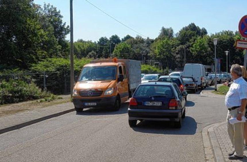 Stau bei entgegenkommendem Verkehr: Anlieger der Straße Im Morchhof und des Ziegelhüttenwegs ...