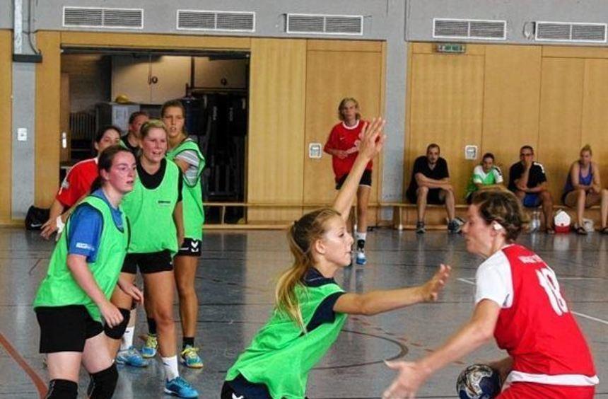 Youngster Sophia Niesel verteidigt: Zum Abschluss des Trainingslagers empfingen die dezimierten ...