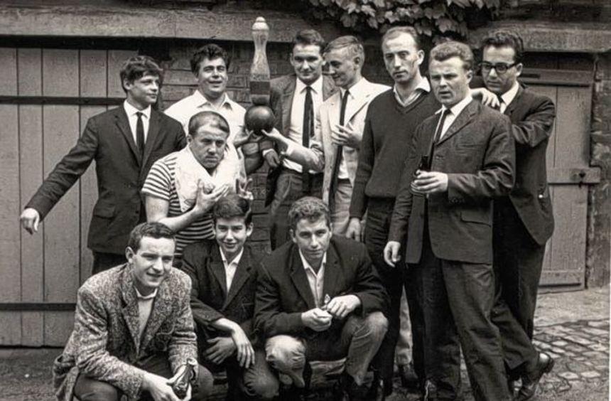 """Einige der Gründungsmitglieder des """"Strabu""""-Klubs Leutershausen. Er wurde vor 50 Jahren gegründet. ..."""