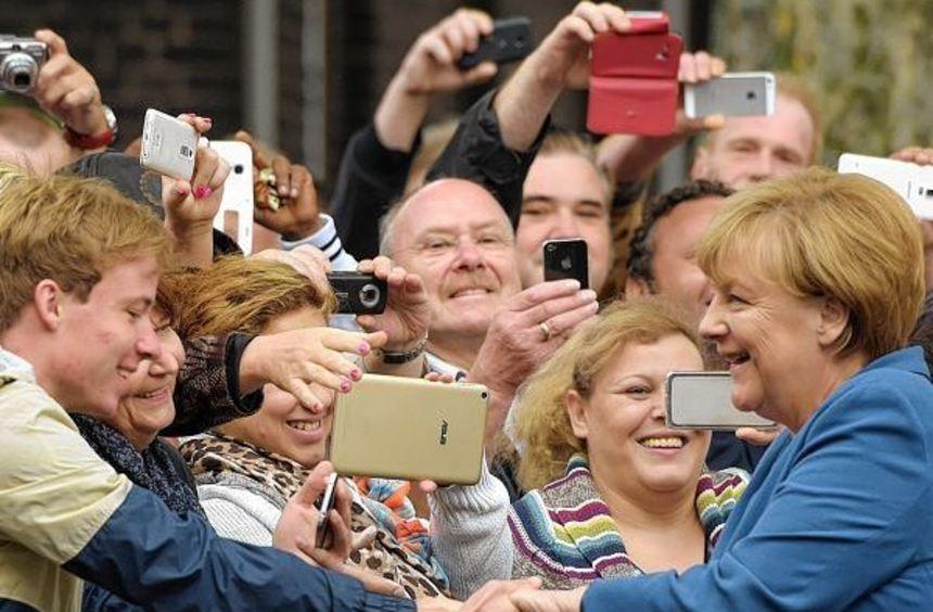 Bundeskanzlerin Angela Merkel besuchte gestern im Rahmen ihres Bürgerdialogs das Problemviertel ...