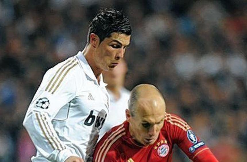 Mögliches Vorrunden-Duell: Cristiano Ronaldo (l.) gegen Arjen Robben.