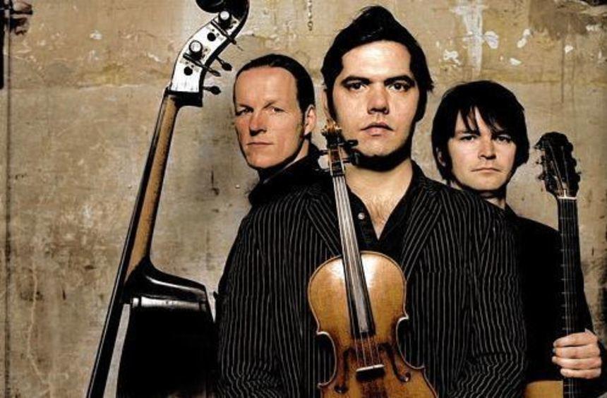 Polka, Swing und Klezmer: Das Trio Kapelsky macht daraus einen feurigen Mix.