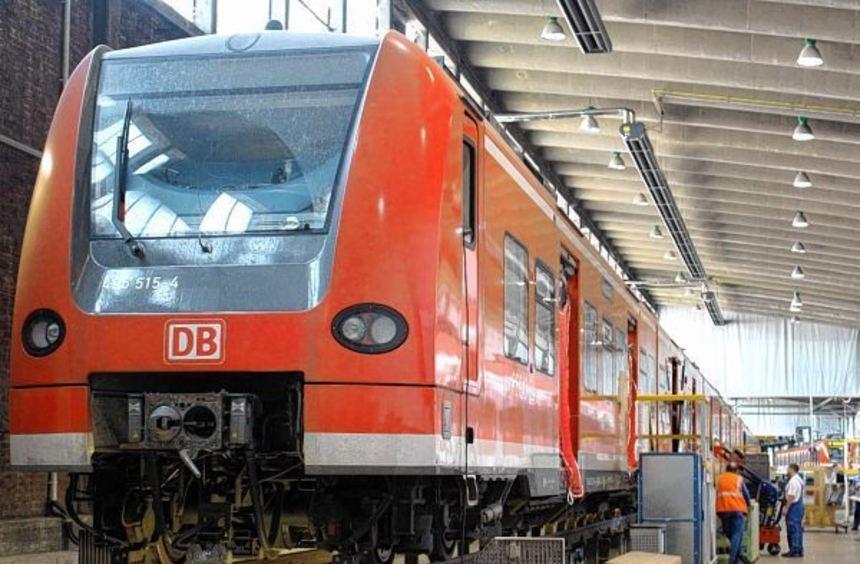 In dieser Halle in Hagen werden in den nächsten zwei Jahren die S-Bahnen erneuert, erklärten ...