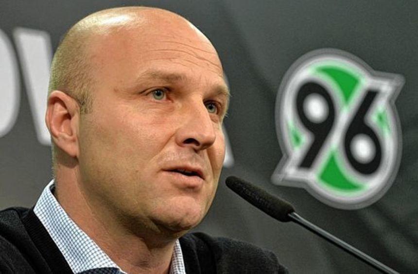 Dirk Dufner verlässt nach zwei Jahren als Manager Hannover 96. Er selbst zieht eine positive Bilanz ...