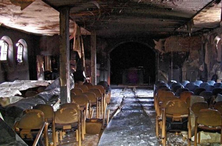 Das Gotteshaus der Protestanten ist seit dem Brand nach der Explosion im Frühjahr nicht zu nutzen.