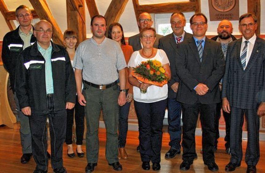 Gerda Kern, Jürgen Münch und Thomas Foerster feierten bei der Stadt Walldürn ihr ...