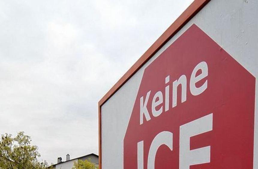 """""""Keine Trasse C"""": Diese Forderung gilt in Lampertheim noch immer. Inwieweit dieser Konsens auch in ..."""