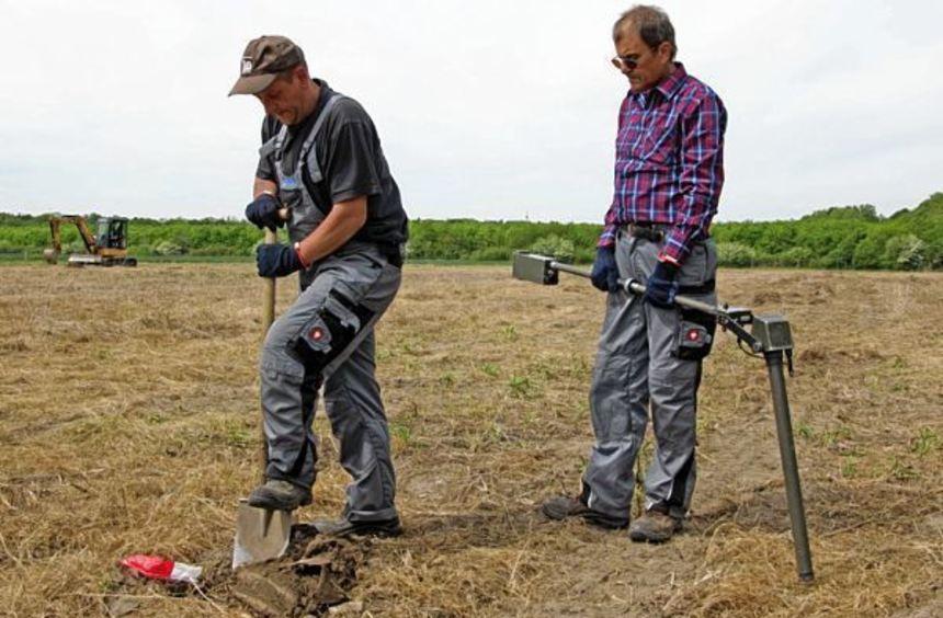 Die Firma Dynasafe hat am Flugplatz nach Weltkriegsmunition gesucht. Jetzt erhielten die ...