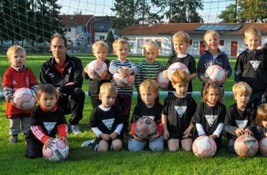 Seit einem Jahr trainieren die Bambini bei der SG Einhausen das Spiel mit dem runden Leder.