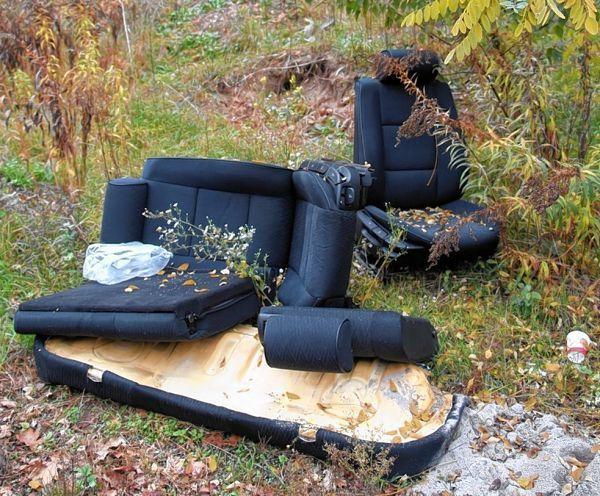 autositze illegal entsorgt viernheim s dhessen morgen region morgenweb. Black Bedroom Furniture Sets. Home Design Ideas