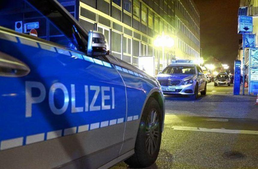 Gegen 22 Uhr wurde die Filiale eines Lebensmitteldiscounters in der Eichendorffstraße überfallen.