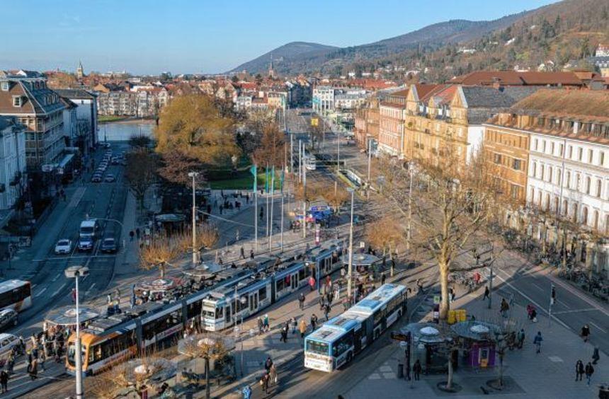 Den Bismarckplatz (unser Bild) und den Bahnhofsvorplatz will Oberbürgermeister Eckart Würzner per ...