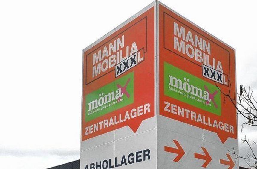 Der Möbelanbieter XXXL will an seinem Mannheimer Standort 100 Stellen streichen. Beschäftigte ...