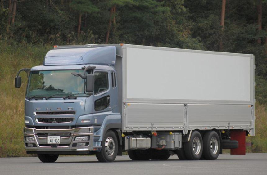 Fuso arbeitet an einem Diesel-Hybridantrieb für Fernverkehr-Lkw