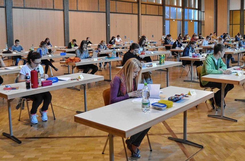 Traditionell mit dem Fach Deutsch begannen am gestrigen Mittwoch die schriftlichen Abiturprüfungen ...