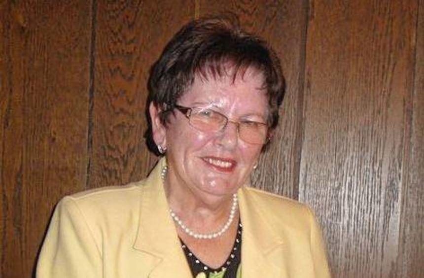 Helga Hannemann leitete die Auszeichnung der Wanderer.