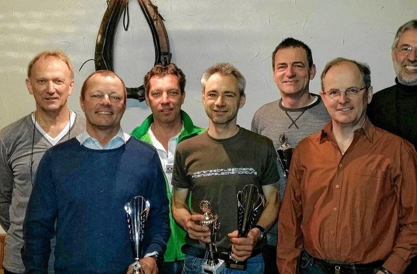 Der Club für Drachenflugsport in Hardheim ehrte in seiner Jahreshauptversammlung die Gewinner der ...