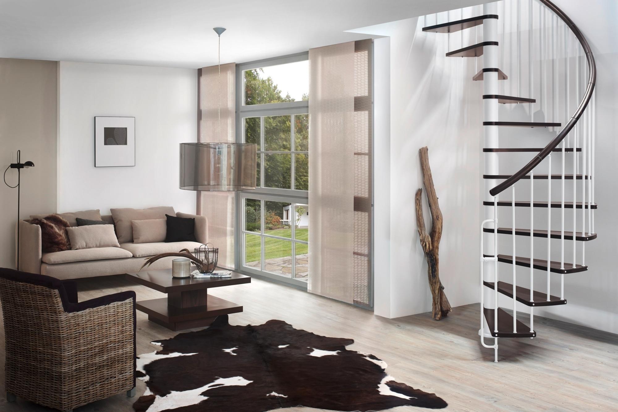 mit einer wendeltreppe neuen wohnraum erschlie en haus. Black Bedroom Furniture Sets. Home Design Ideas