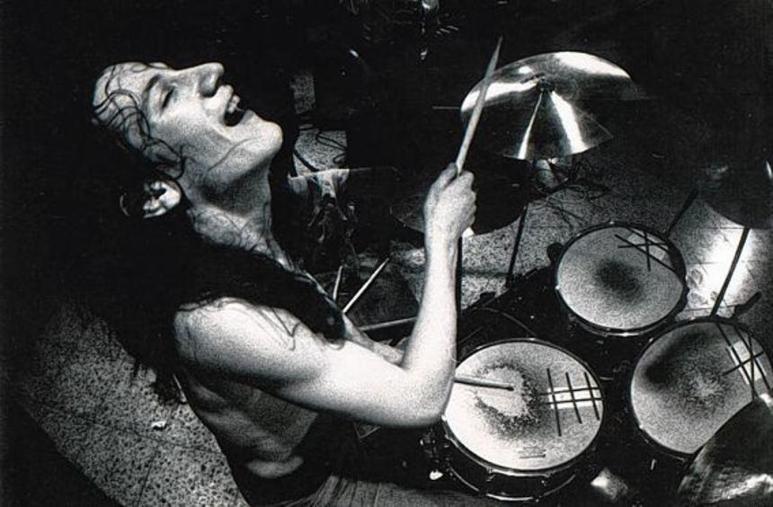 """In den 70ern befeuerte das grandiose Schlagzeugspiel von """"Konni"""" Bommarius so geniale Bands wie ..."""