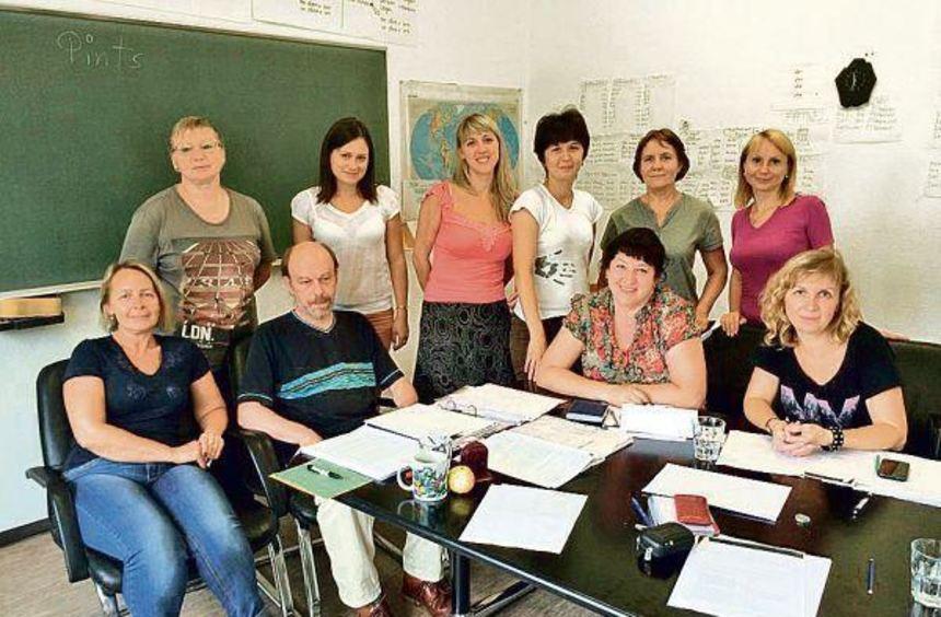 Sie fahren am Freitag wieder zurück in die Heimat: Neun Deutsch-Lehrerinnen aus dem russischen ...