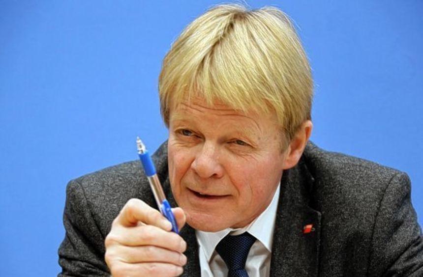 """DGB-Chef Reiner Hoffmann steht der Kommission """"Arbeit der Zukunft"""" vor. Im Frühjahr 2017 sollen ..."""